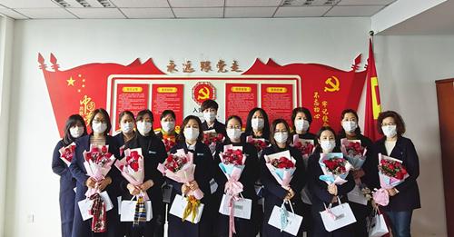 三八妇女节,国信集团为全体女职工发放暖心福利!
